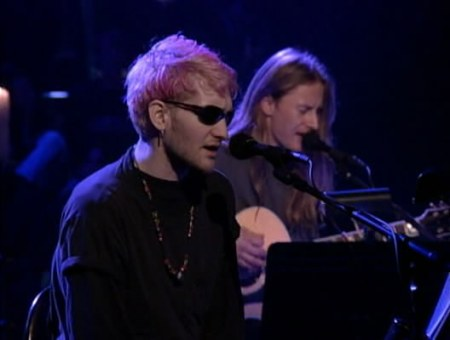 Layne Stanley e Jerry Cantrell tiveram ótimas performances no Unplugged MTV (foto: MTV)
